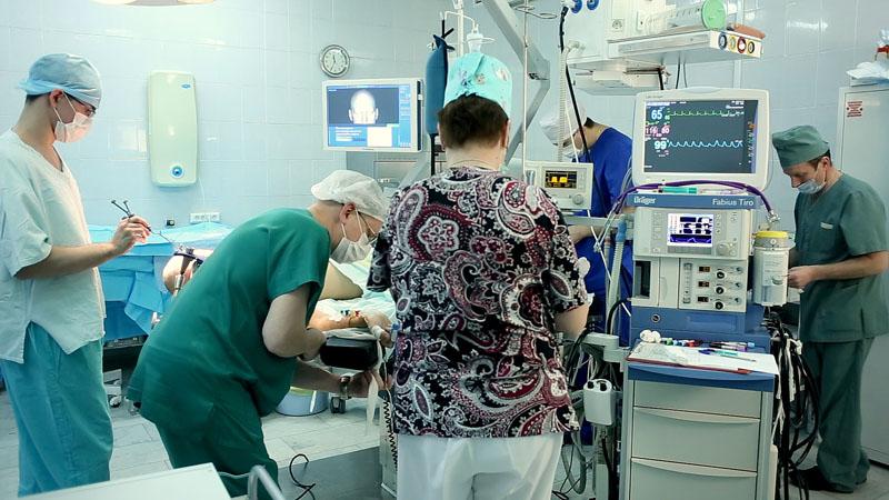 Нейрохирурги солнцево